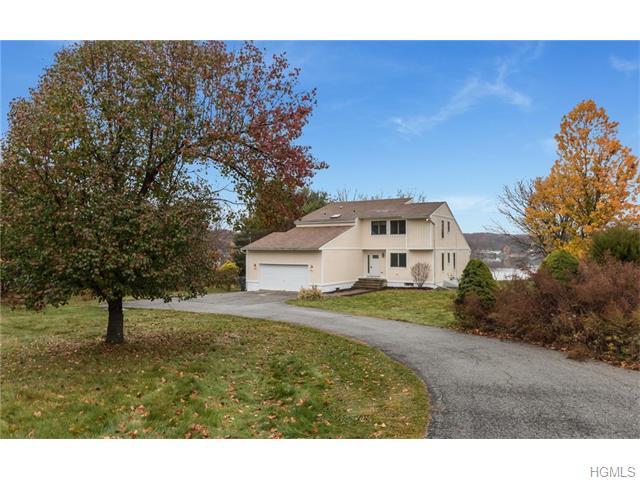 82 Lake Road, Salisbury Mills, NY 12577