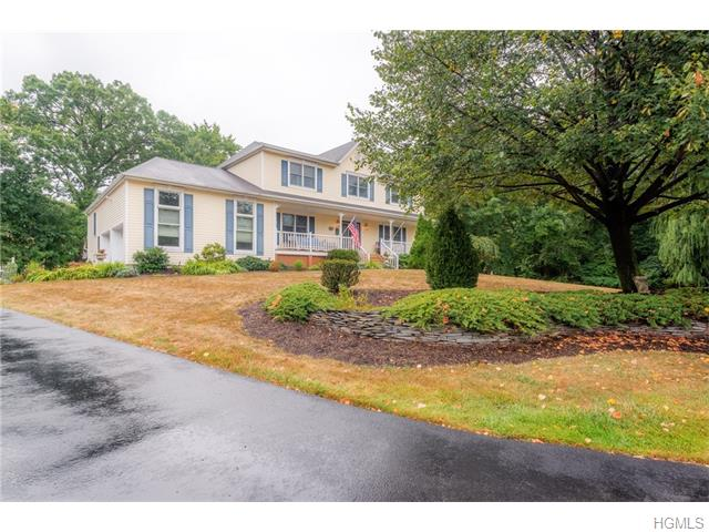 3 Kerry Court, Pearl River, NY 10965