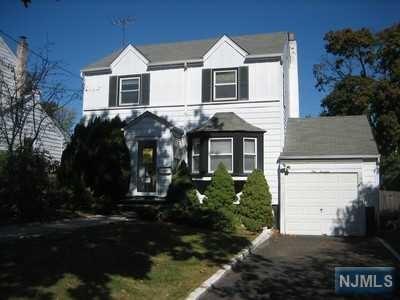 114 Birchwood Dr, Belleville, NJ 07109