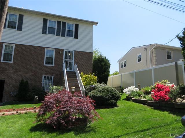104 Ridgeview Avenue, Yonkers, NY 10710