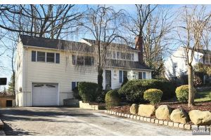 Home For Sale at 18 Norman Dr, Ramsey NJ