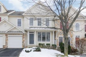 Home For Sale at 25 Rolling Views Dr, Woodland Park NJ