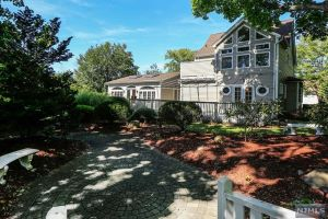 Home For Sale at 403 Tappan Rd, Northvale NJ