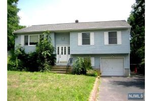 Home For Sale at 19 Gwyneth Rd, West Milford NJ