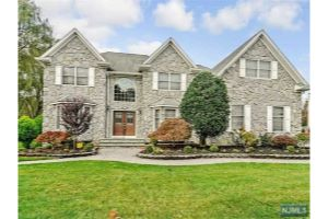 Home For Sale at 58 Terrace Rd, Wayne NJ