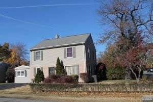 Home For Sale at 2 Della Ave, Pequannock Township NJ
