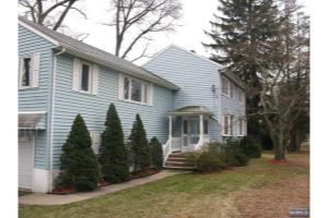 Home For Sale at 204 Sicomac Rd, North Haledon NJ