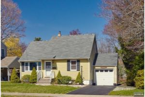 Home For Sale at 517 Riverview Rd, Pompton Lakes NJ