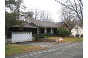 Home For Sale at 956 Ridge Rd, Stillwater NJ