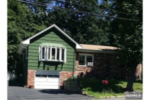 Home For Sale at 6 Dunkerly Ln, North Haledon NJ