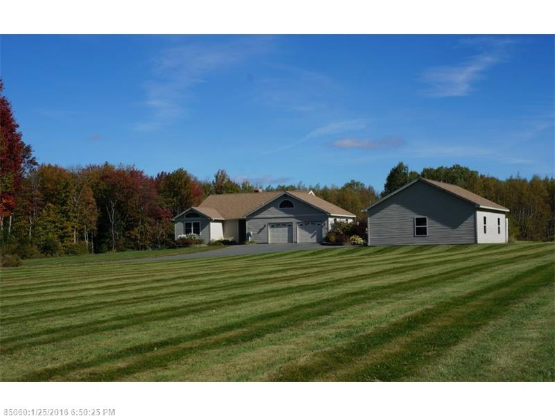 613 Snakeroot RD, Pittsfield, ME 04967