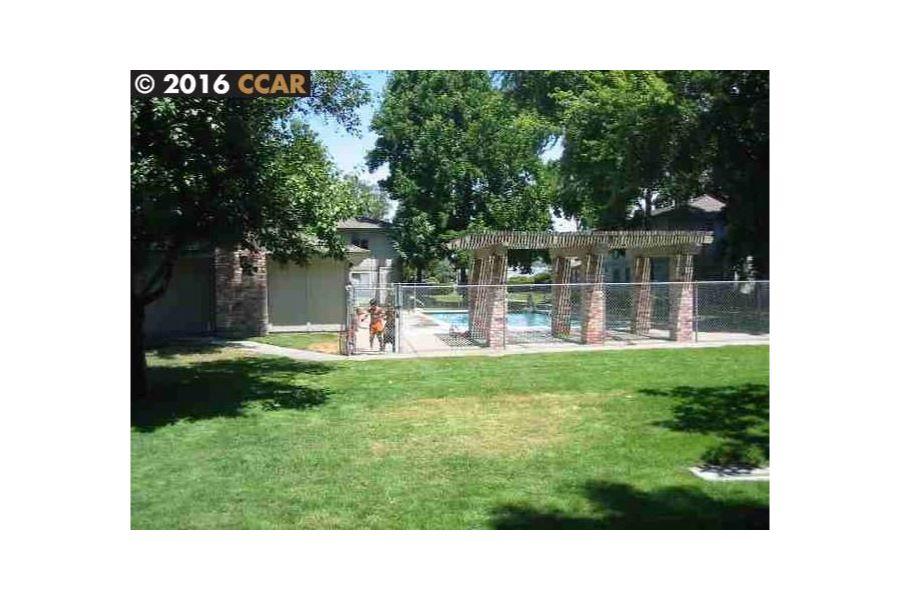 Photos for 1133 MEADOW LN, CONCORD, CA