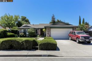 Home For Sale at 1465 BUTTONS CT, OAKLEY CA