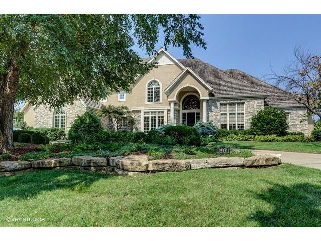 11404 Meadow Lane, Leawood, KS 66211