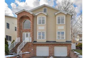Home For Sale at 117  Jefferson St, Wood Ridge NJ