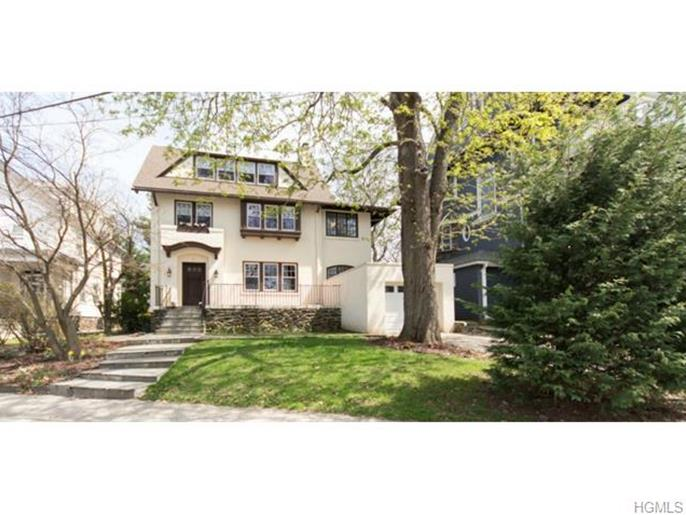 74 Hillcrest Avenue, Yonkers, NY 10705