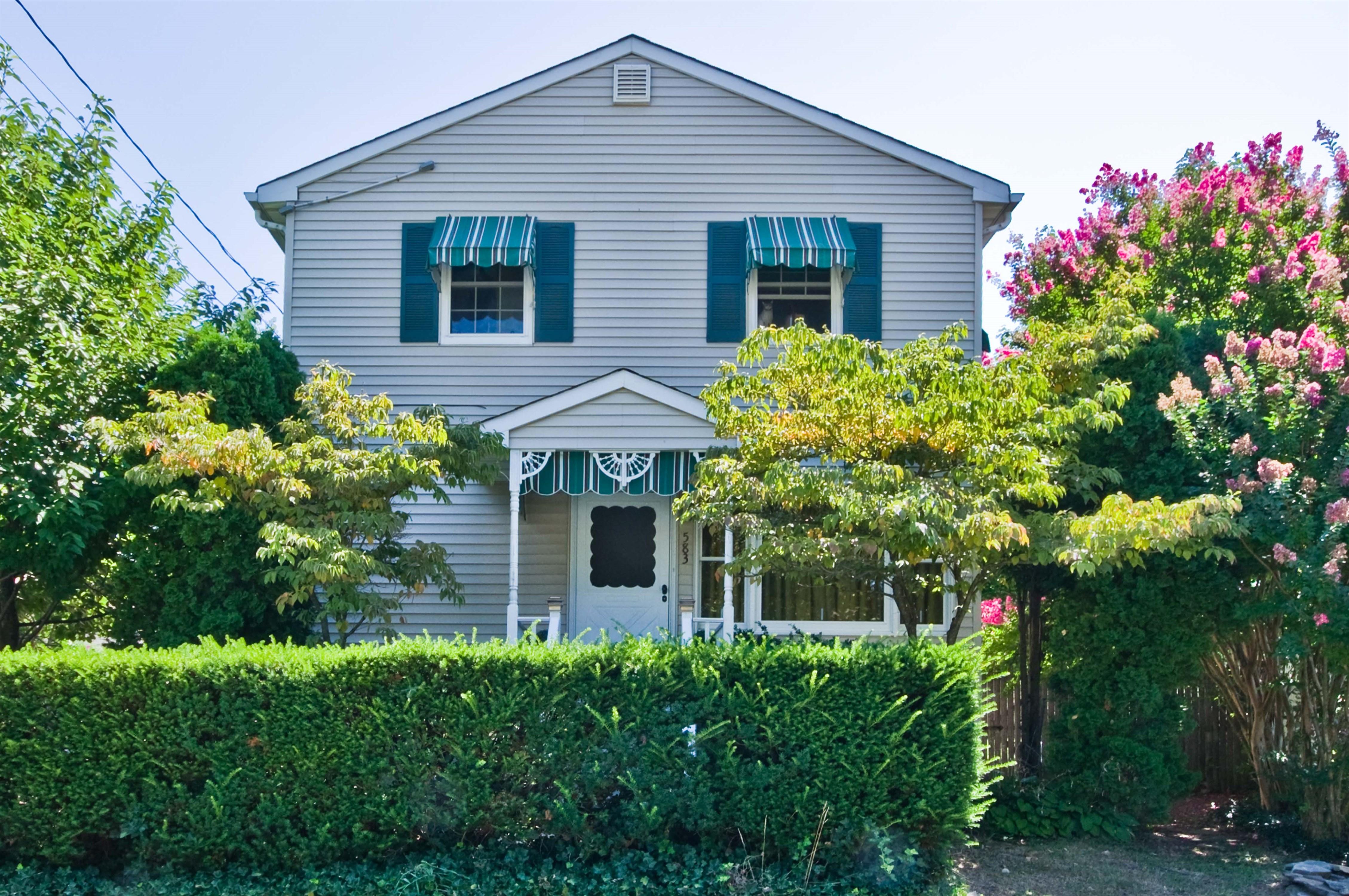 583 Greene Ave., Belford, New Jersey 07718
