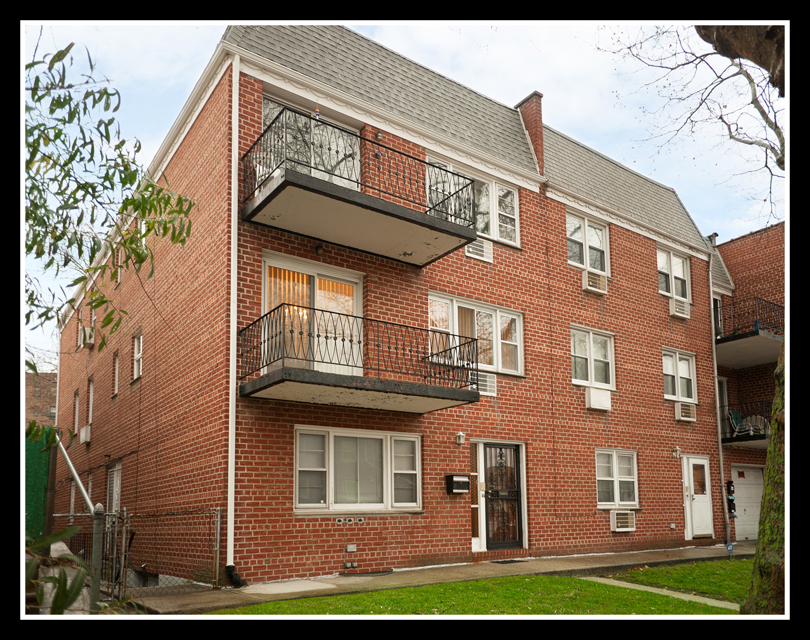 85-41 ABINGDON RD, Kew Gardens, NY 11415