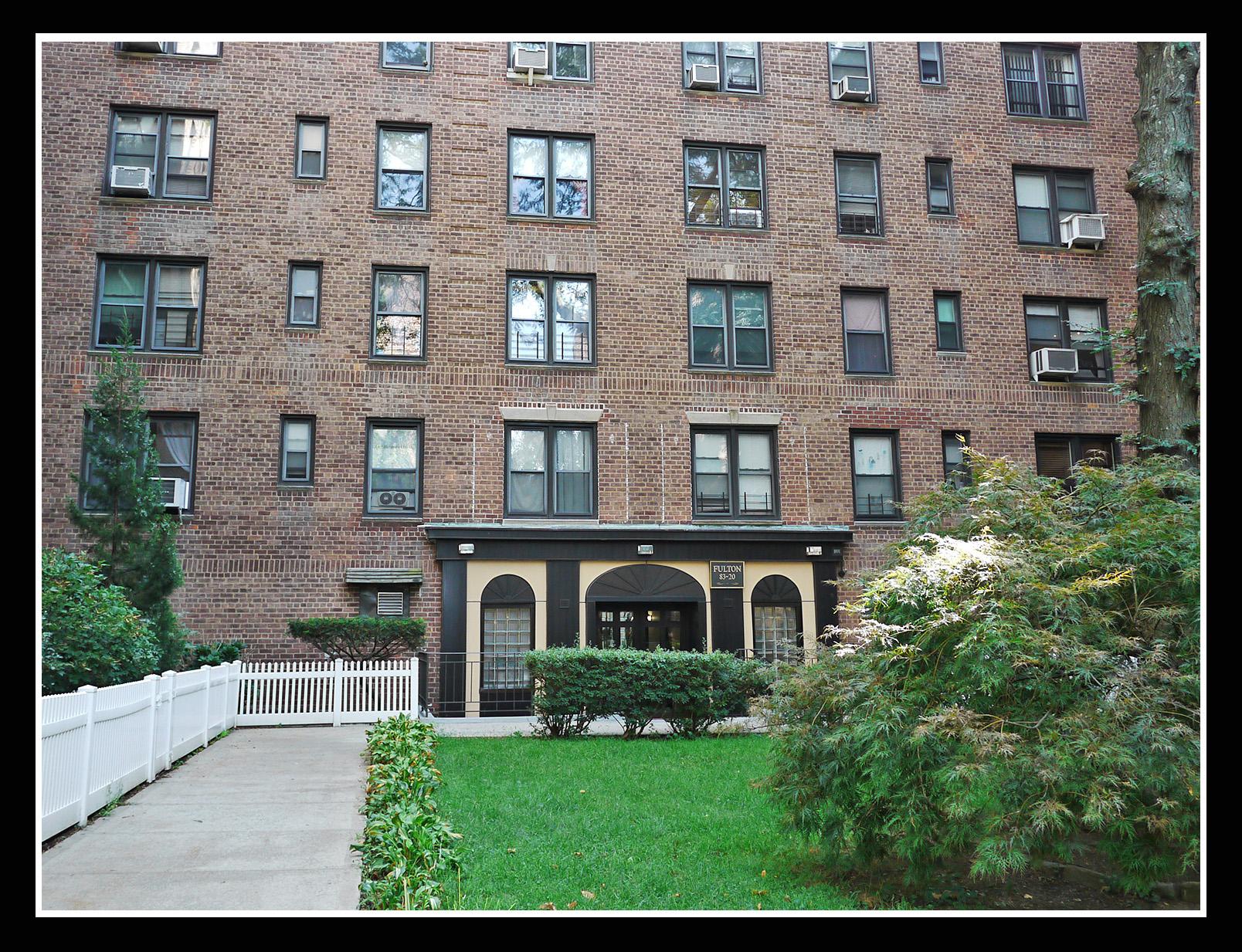 83-20 98 ST #3B, Woodhaven, NY 11421