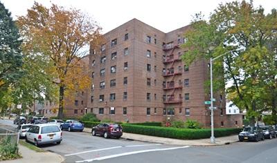 147-14 84 RD#4B, Briarwood, NY 11435