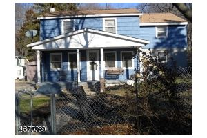 Home For Sale at 11 Shady Lane, Newton NJ