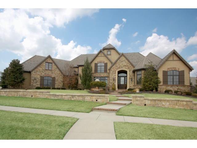 15916 King St, Overland Park, Kansas 66062