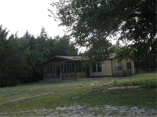 38775 Lookout Rd, Fontana, KS 66026