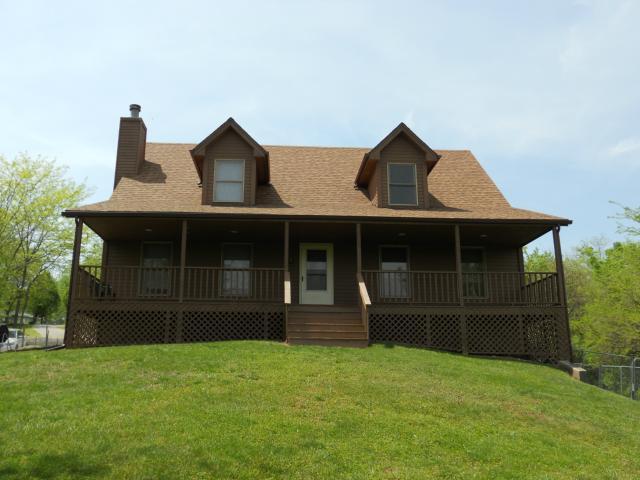 12175 Forrest Lane, Excelsior Springs, MO 64024