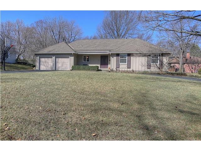 5910 Sunrise Dr, Fairway, KS 66205
