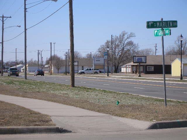 801 E Grand Ave, Haysville, KS 67060