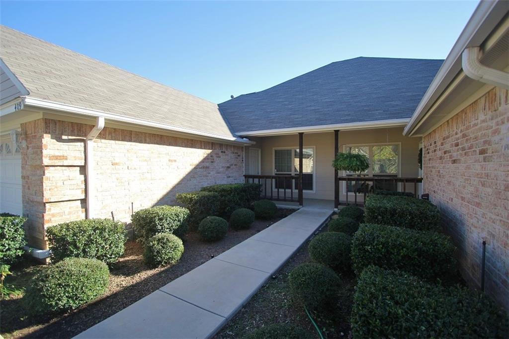 409 Sheri Lane, Hurst, TX 76053